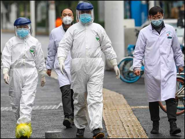 دنیا نے ناول کورونا وائرس کے دائرہ کار کو صرف چین تک محدود سمجھتے ہوئے اپنی آنکھیں بند کرلیں۔ (فوٹو: انٹرنیٹ)