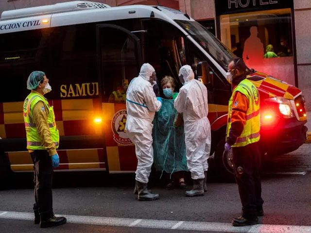 اسپین میں گذشتہ 24 گھنٹوں میں 738 نئی ہلاکتوں کے بعد تعداد 3 ہزار 434 ہوگئی، فوٹو : ٹویٹر