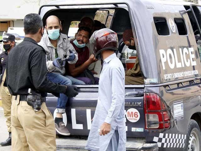 لوگوں کا تعاون عوام کی صحت کا ضامن ہے، وزیراعلیٰ سندھ فوٹو: فائل