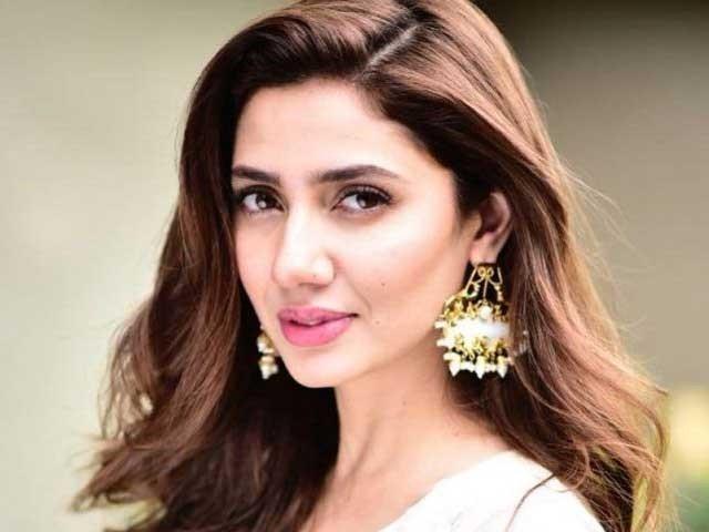 'آنگن ٹیڑھا' پاکستانی کے بہترین ڈراموں میں سے ایک ڈرامہ ہے، اداکارہ