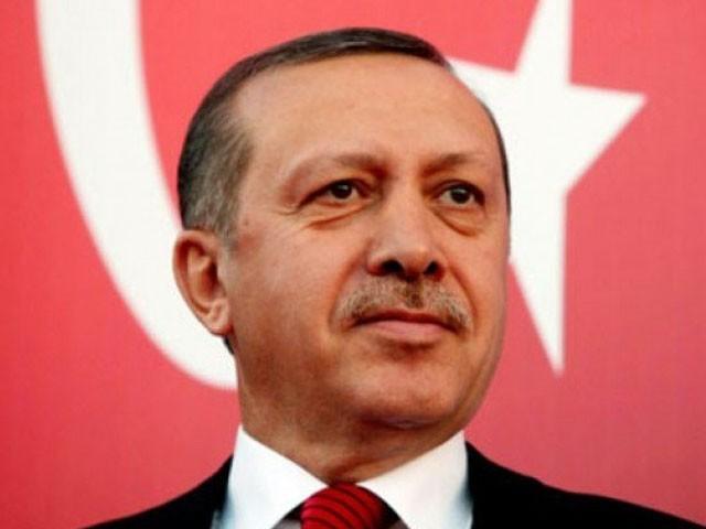 کورونا فنڈ کیلیے سب سے پہلے ترک صدر نے 7 ماہ کی تنخواہ جمع کرانے کا اعلان کیا، فوٹو : فائل