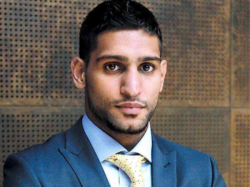 عامر نے گزشتہ برس جولائی میں سعودی عرب میں آسٹریلوی حریف بلی ڈب سے فائٹ کی تھی فوٹو: فائل