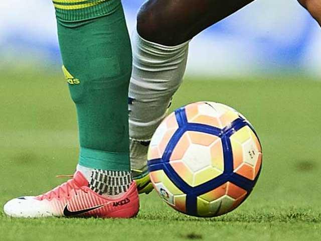 فٹبال کی عالمی باڈی سفارشات پر جلد ایکشن کا باقاعدہ اعلان کرے گی فوٹو: فائل