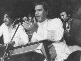 غلام فرید صابری نے پہلی قوالی 1958ء میں ریکارڈ کروائی (فوٹو: فائل)