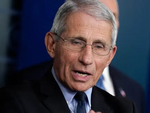 امریکی صدر کے مشیر صحت ڈاکٹر فاؤچی نے خدشہ ظاہر کیا ہے کہ امریکا میں کورونا وبا موسمی نوعیت اختیار کرسکتی ہے۔ خبررساں ایجنسی