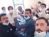 ینگ ڈاکٹرز کو کل دوپہر کو ہی رہا کر دیا تھا، ترجمان بلوچستان حکومت۔ فوٹو : ٹوئٹر