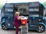 مایو کلینک کے کار جس میں کورونا وائرس کے مشتبہ نمونے ایک سے دوسری جگہ پہنچائے جاسکتے ہیں۔ فوٹو: نیو اٹلس