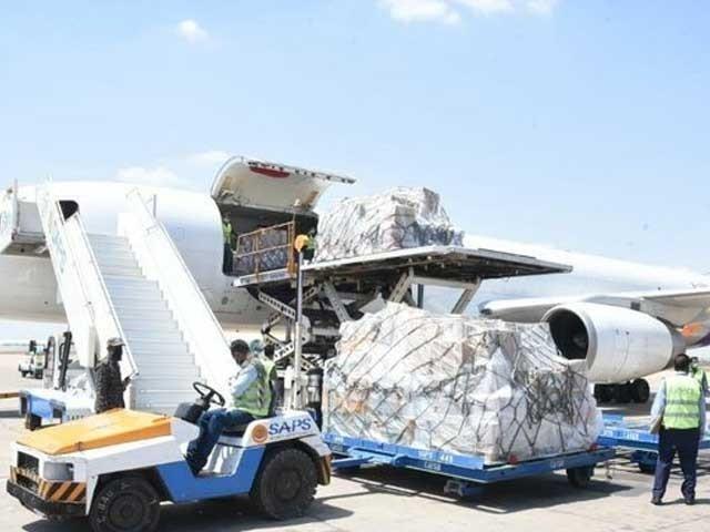 سامانمیں 30 ایکسرے مشین، 1لاکھ 10 ہزار این 95 اور 82 کارٹن سرجیکل گاؤن بھی شامل ہیں، ترجمان این ڈی ایم اے۔ فوٹو:فائل