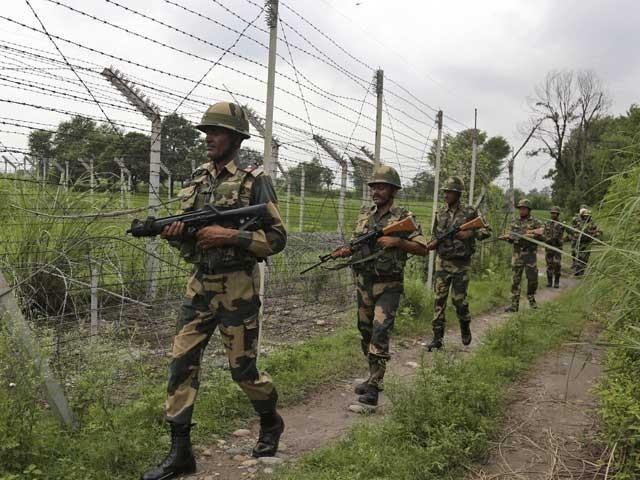 بھارتی فائرنگ سے ججوٹ گاوں کا رہائشی شدید زخمی ہوگیا، آئی ایس پی آر۔ فوٹو : فائل