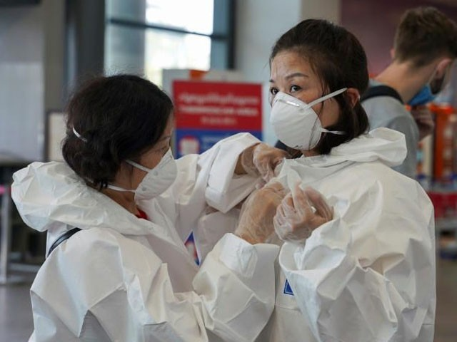 کورونا وائرس کے تمام مریض صحت یابی کے اسپتال سے گھر منتقل ہوگئے، فوٹو : فائل