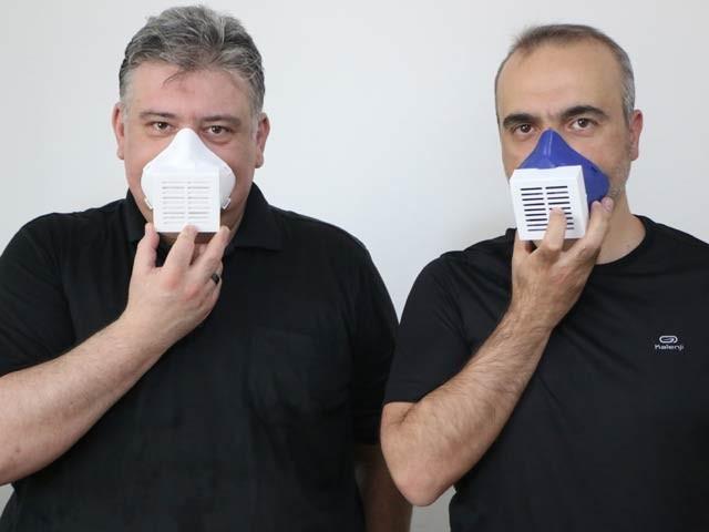 برقی ماسک ایک مرتبہ جارچ ہونے کے بعد 12 گھنٹے تک کام کرتا رہتا ہے۔