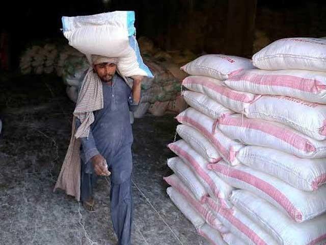 پنجاب کے مختلف اضلاع میں گندم کی قیمتوں میں فرق ہوتا ہے،سینئر ووزیر خوراک پنجاب عبدالعلیم خان