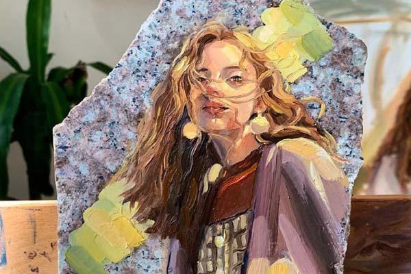 Saudia female artist 1
