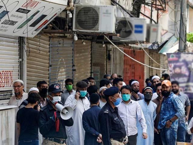 پنجاب اور کے پی کے میں آپریشن شروع کر دیا گیا ہے، شہباز گل۔ فوٹو :فائل