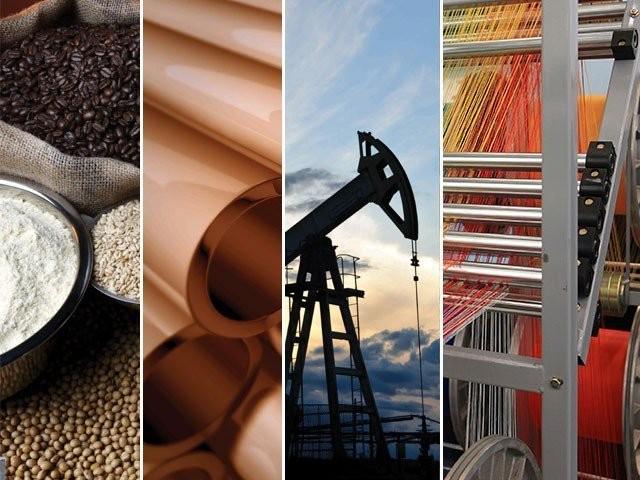 خوردنی تیل 20 فیصد، مرغی کا گوشت 18، چینی 14.5 فیصد مہنگی ہوئی، پٹرول 28 فیصد اور بجلی 3.45 فیصد سستی، ادارہ شماریات۔ فوٹو : فائل