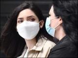 موٹے سوتی کپڑے کی دوہری تہہ سے بنائے گئے گھریلو ماسک بھی کورونا وائرس کا پھیلاؤ مؤثر طور پر روک سکتے ہیں۔ (فوٹو: انٹرنیٹ)