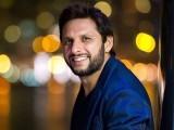 میں ہمیشہ ہی بھارت میں کرکٹ کھیل کر لطف اندوز ہوا، ہم نے انھیں کئی بار شکست دی، سابق کپتان (فوٹو : فائل)