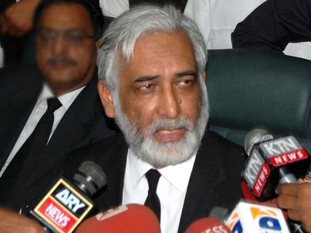 بروقت فیصلے نہ ہونے پر ججز کو بھی منہ چھپانا پڑجاتا ہے، جسٹس مشیر عالم