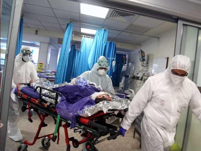 یہ مطالعہ اپریل میں روم کے 143 اسپتالوں میں داخل ہونے والے، کورونا وائرس سے شدید متاثرہ مریضوں پر کیا گیا۔ (فوٹو: فائل)