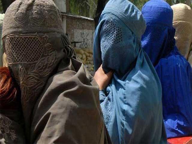 دارالامان میں خواتین کیلئے ایس او پیز کو رولز کی حیثیت دیکر سوشل ویلفئیر ڈیپارٹمنٹ کے تحت ایکٹ میں تحفظ دیا جائیگا، فیصلہ ۔ فوٹو : فائل