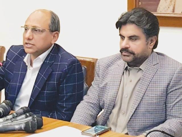 ایم کیو ایم کی شہری حکومت کے تحت کراچی میں نکاسی کا نظام تباہ ہوچکا ہے، ناصر حسین شاہ، سعید غنی (فوٹو : فائل/نیوز ایجنسی)