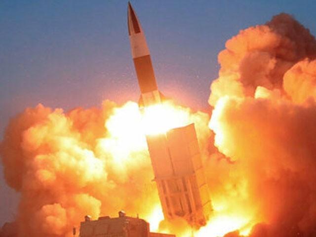 گزشتہ 6 ایٹمی تجربات سے شمالی کوریا یہ جوہری آلات بنانے میں کامیاب رہا، رپورٹ (فوٹو: فائل)
