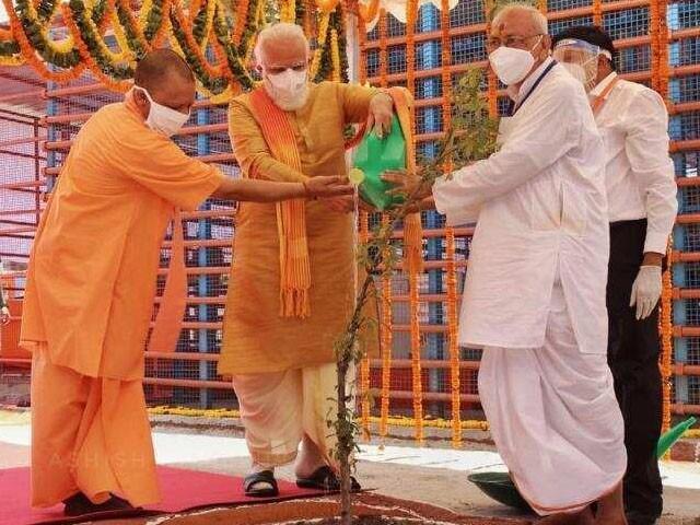 بی جے پی نے رام مندر کا سنگ بنیاد رکھ کر مسلم دشمنی اور نفرت آمیز پالیسی کی تکمیل کردی، فوٹو : بھارتی میڈیا