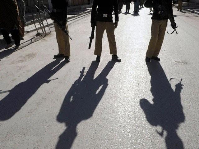 واقعے میں ملوث تین پولیس اہلکار عمران ، سرفراز اور ڈرائیور عمران حبیب گرفتار