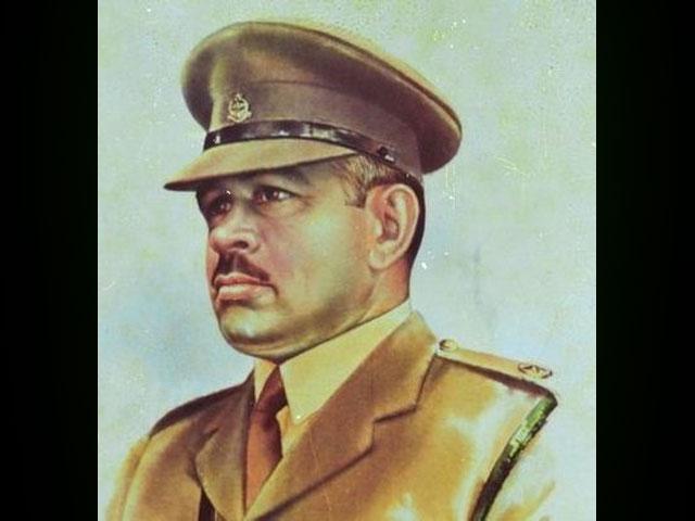 شہید کی قبر پر آرمی چیف جنرل قمرجاوید باجوہ کی جانب سے پھولوں کی چادر چڑھائی گئی، آئی ایس پی آر