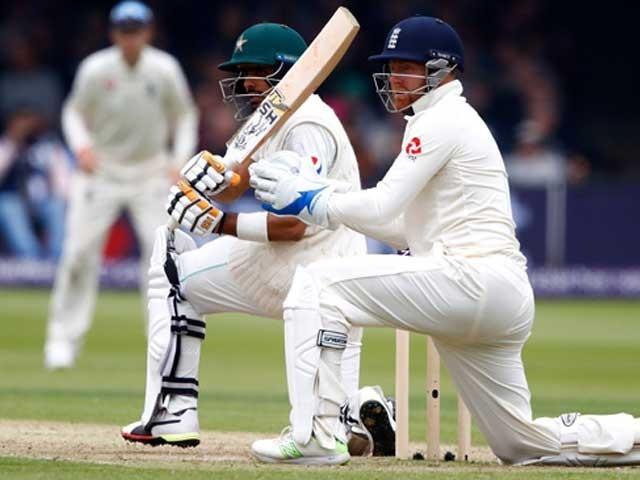 1994 کے بعد یہ پہلا اور پاکستانی ٹیسٹ تاریخ کا محض دوسرا موقع ہے۔ فوٹو: فائل