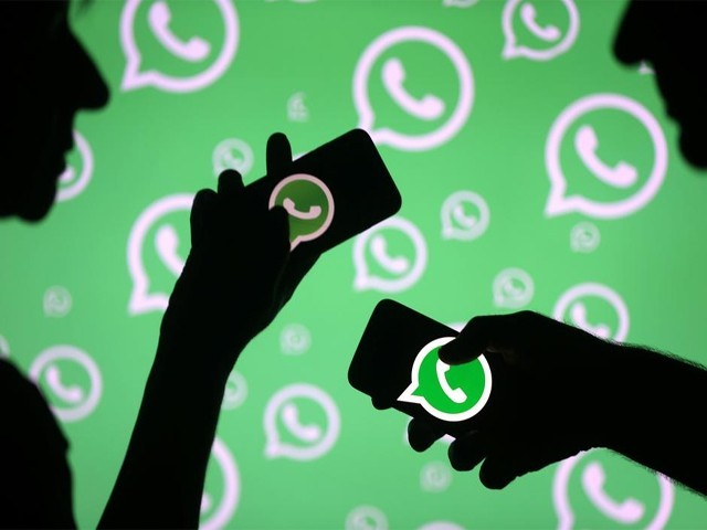 سعودی خاتون نے 9 ماہ تک اپنے شوہر کے واٹس ایپ اکاؤنٹ کی جاسوسی کرنے کے بعد خلع کا مقدمہ دائر کردیا۔ (فوٹو: انٹرنیٹ)