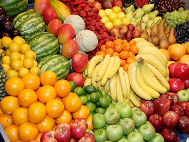 پھل اور سبزیوں کی مجموعی برآمدات کا حجم 73 کروڑ ڈالر رہا فوٹو: فائل