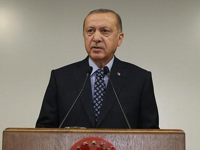 ترک صدر نے اپنے خطاب میں عرب امارات سے سفارتی تعلقات ختم کرنے کا عندیہ دیا ہے۔(فوٹو، فائل)