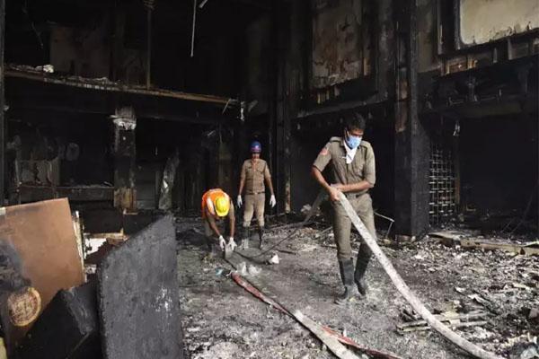 Fire in qurantine hotel india 1