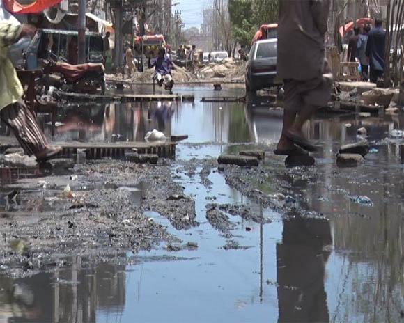 Karachi liyari sawrage water 14
