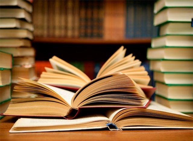 جانیے دلچسپ کتابوں کے احوال۔ فوٹو:فائل