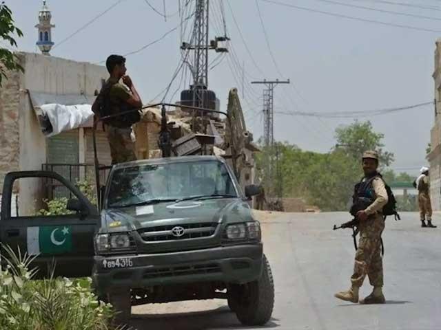 واقعے کے بعد فورسز نے علاقے کا محاصرہ کر کے کلیئرنس آپریشن شروع کردیا فوٹو: فائل