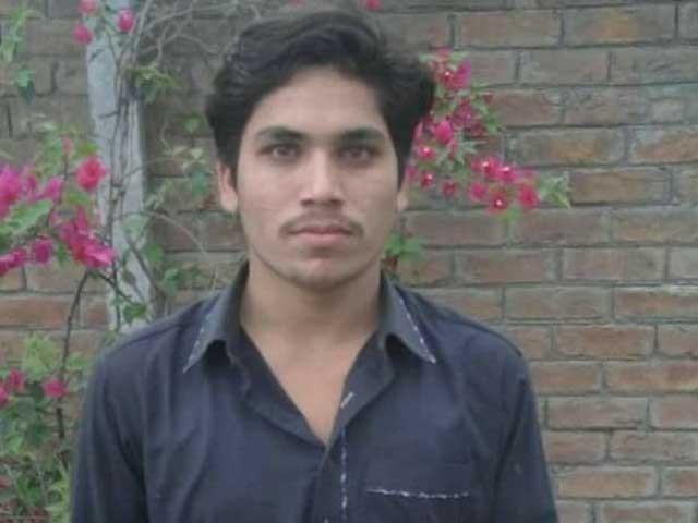 شفقت کو گزشتہ روز گرفتار کیا گیا تھا۔ فوٹو: ایکسپریس