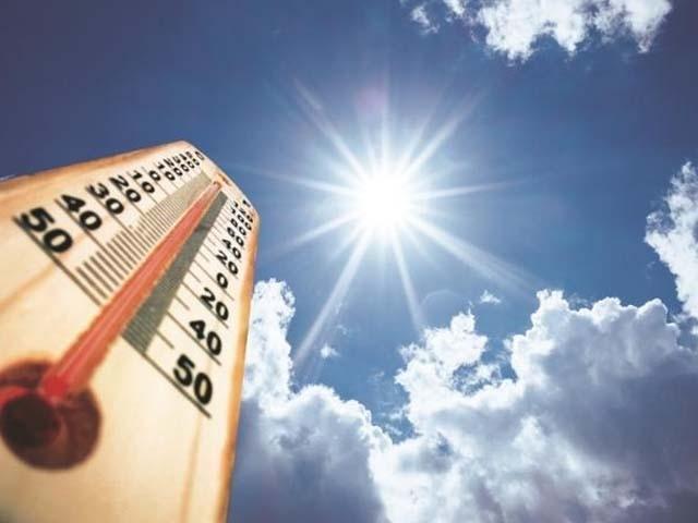 گرمی کی لہر کے دوران زیادہ سے زیادہ پارہ 38 ڈگری کو چھوسکتا ہے، محکمہ موسمیات . فوٹو : فائل