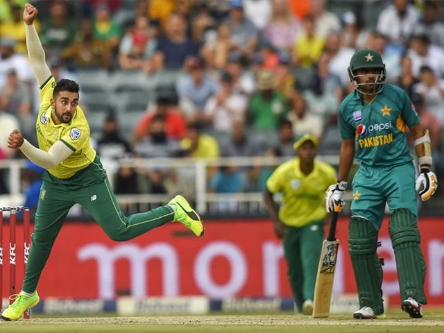 جنوبی افریقا کی ٹیم جنوری 2021 میں پاکستان آئے گی، چیف ایگزیکٹیو پی سی بی۔ فوٹو : فائل