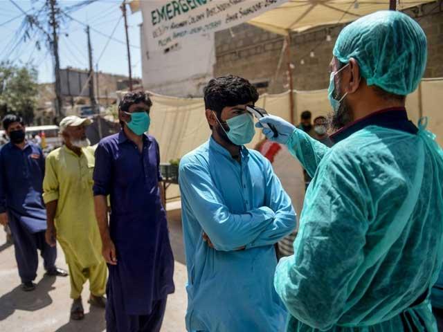 ملک بھر میں کورونا وائرس کے فعال کیسز کی تعداد 8 ہزار 877 فونی فوٹوائل