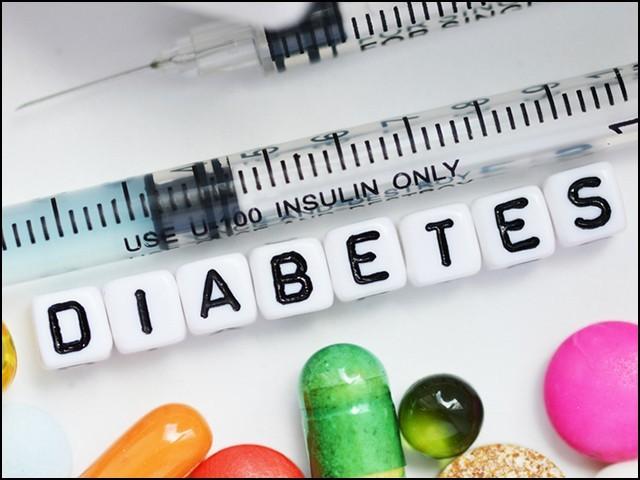 بجلی اور مقناطیسی میدان سے ذیابیطس کے علاج میں چوہوں پر کامیاب تجربات مکمل ہوچکے ہیں۔ (فوٹو: انٹرنیٹ)