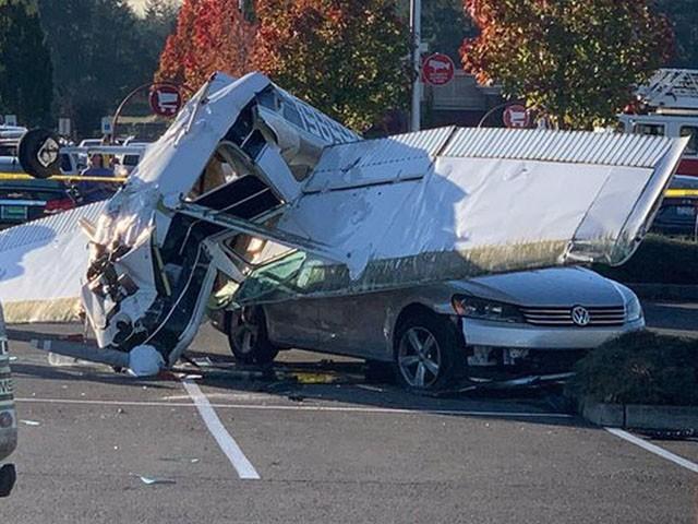 معجزانہ طور پر ہولناک حادثے میں کوئی جانی نقصان نہیں ہوا، فوٹو : ٹویٹر