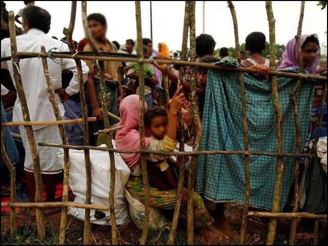 بنگلا دیش میں محصور ان پاکستانیوں کی کل تعداد تین لاکھ سے پانچ لاکھ کے درمیان ہے۔ (فوٹو: انٹرنیٹ)