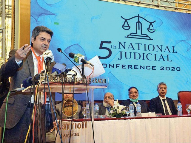 عوام نے اپوزیشن کا بیانیہ مسترد کر دیا، کرپٹ سیاسی سسٹم نے ملکی نظام تباہ کیا۔ فوٹو: اے پی پی