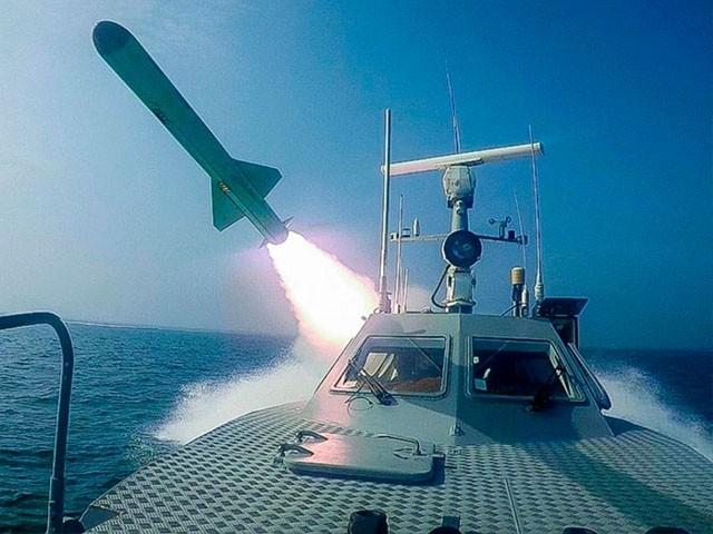 پابندی کے خاتمے کے بعد ایران میزائل، ٹینک اور ہیلی کاپٹرز کی خرید و روخت میں آزاد ہوگا، فوٹو : فائل