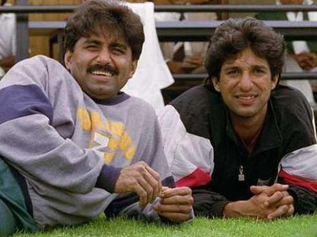 سابق پیسر نے اپنے انٹرنیشنل ون ڈے کیریئر کا آغاز 1984ء میں نیوزی لینڈ کے خلاف فیصل آباد میں میچ سے کیا تھا . فوٹو : فائل