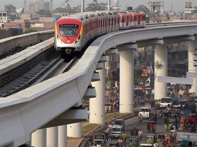 اورنج لائن ٹرین کی تاخیر سے قومی خزانے کو اربوں کا ٹیکہ لگا، پاکستان کو نقصان پہنچانے والوں سے کون حساب لے گا؟، سعد رفیق۔ فوٹو:فائل