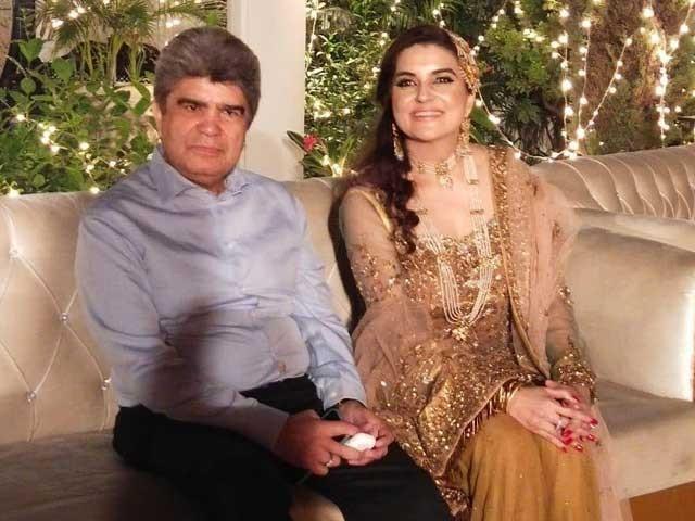 کشمالہ طارق کی یہ دوسری شادی ہے فوٹوسوشل میڈیا