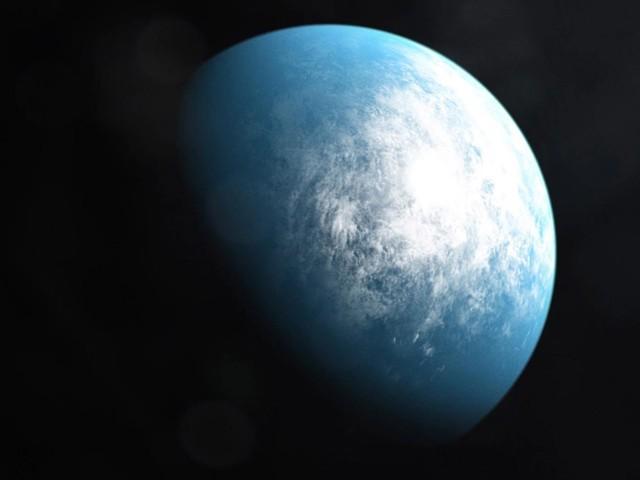 زمین سے مماثل ترین سیارہ ٹی او آئی 700 ڈی: ایک مصور کا تخیل۔ (تصاویر: ناسا/ سوشل میڈیا)